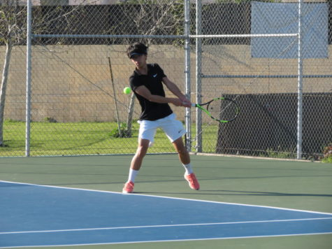 Arroyo's Boys Tennis team goes undefeated